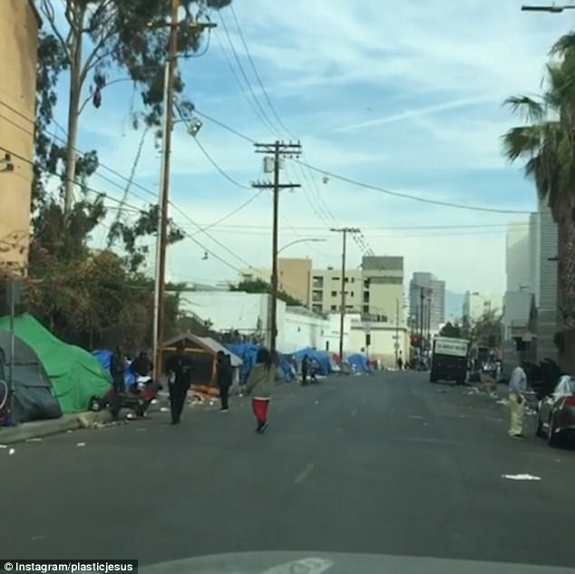 christmas day in skid row